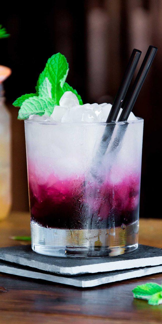 cocktail-arandanos-ruca-bar-estudio-como