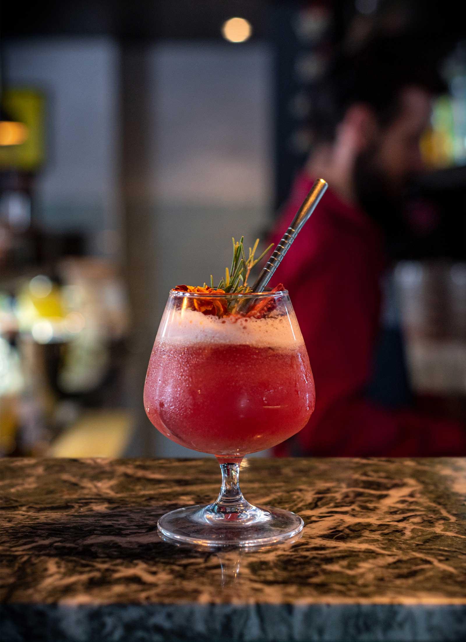cocktail-romero-verde-sazon-estudio-como