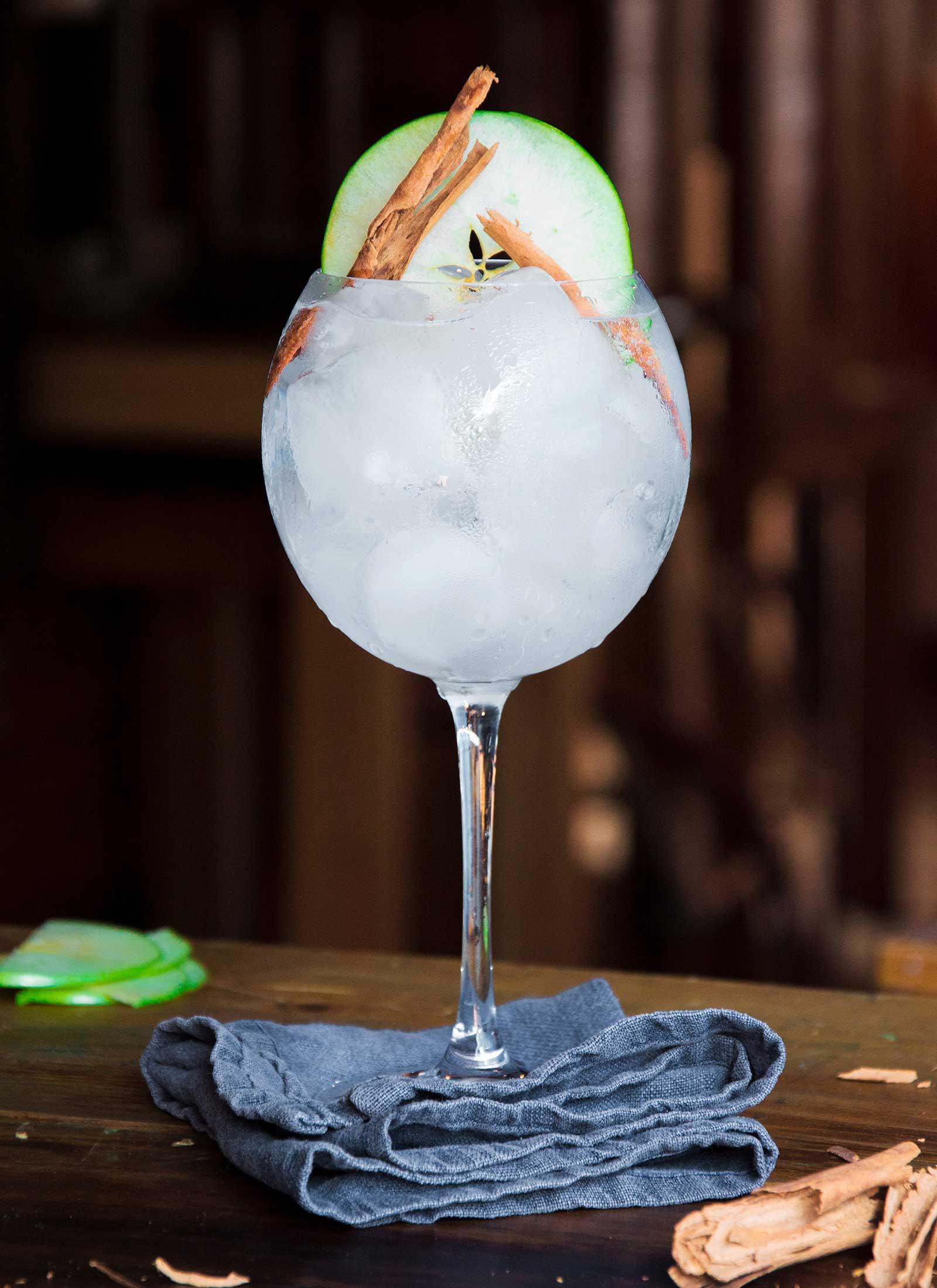 gin-ruca-bar-estudio-como