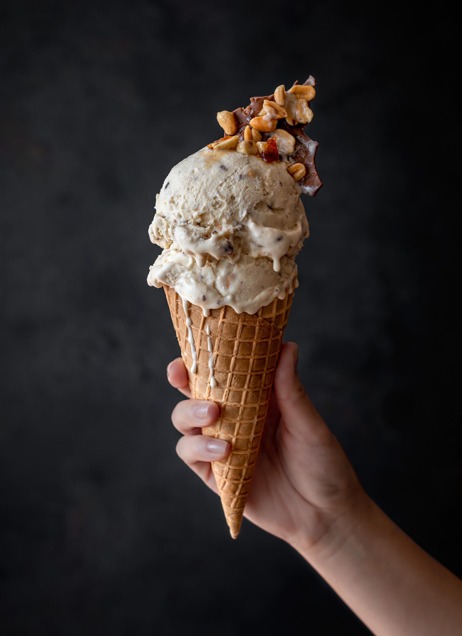 helado-mano-cassis-estudio-como
